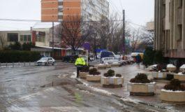 Cum au dispărut, în 5 minute, mașinile parcate aiurea în fața Palatului de Justiție