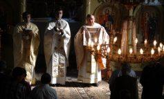 Damnat să ardă în iadul ortodox, Sergiu Nicolaescu ascultă requiem-uri în raiul catolic