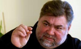 Sper ca Ion Iliescu să nu sufere prea curînd de hemoroizi
