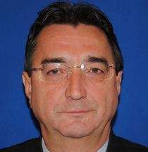 Declarat incompatibil, dr.Aurel Nechita trebuie să renunțe la postul de deputat