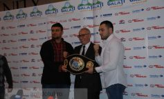 Marius Stan s-a pozat cu boxerii care vor patina la Gala de box (video)