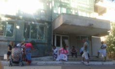 De ce atunci cînd un țigan ajunge la spital este păzit de zeci de magraoni și pirande