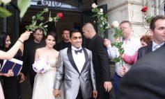 La nunta lui Bănel Nicoliță au fost mai mulți bodyguarzi decît invitați