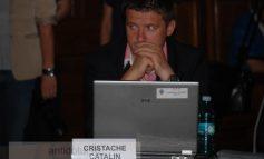 Cătălin Cristache e dovada vie că Resmeriță are biluțe în loc de mărgeluțe