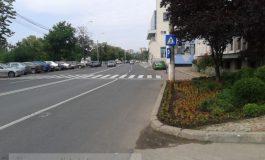 Asfaltangiul Istrate de la Vega 93 a furat un trotuar de pe Faleza Galați
