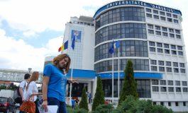 """Prima sesiune de admitere la Universitatea """"Danubius"""" (P)"""