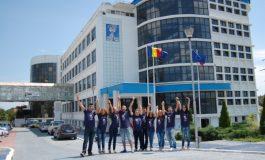 """Pentru o carieră sigură: licenţiat în ştiinţe economice la Universitatea """"Danubius"""" (P)"""