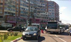 Un brăilean a pus piedică unui autobuz în sensul giratoriu de la Ultimul leu