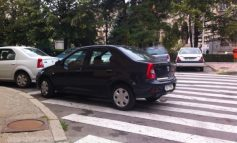 Consilierul local Victor Mălinovici, surprins cum și-a parcat ca țăranul mașina pe trecerea de pietoni