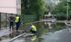 """Primăria Galați recunoaște neputincioasă: """"ploile au blocat sistemul!"""""""
