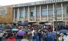 """Atentat la """"Românii au talent"""". Casa de Cultură din Galați a fost evacuată (foto)"""
