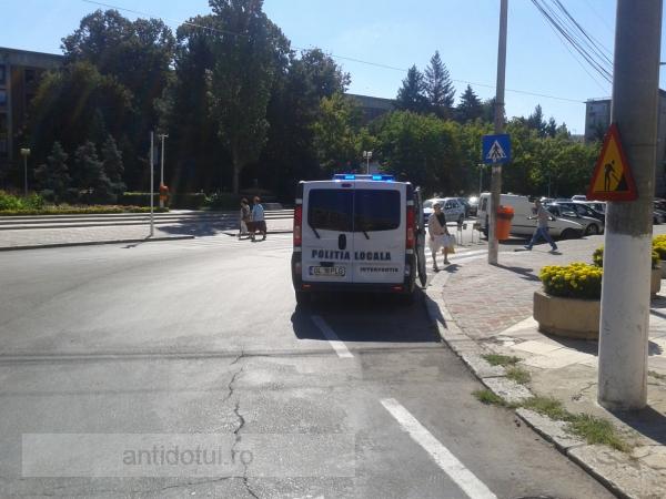 Dobitocii mascați de la Poliția Locală Galați (foto)