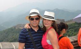 Femeia milionarului Gruia Stoica, din Toflea, s-a cuplat cu un ochelarist sărac (foto)