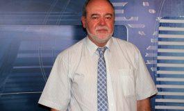 Dr. Bucătanschi ori e prost, ori nu are simțul ridicolului
