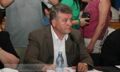Șoferul-consilier Hristache Bogatu e deștept de dă în gropi