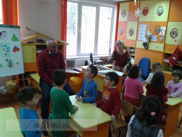Primarul Marius Stan, în campanie electorală la grădiniță