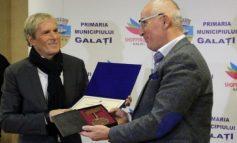 Lui Michael Bolton i-a fost confiscată în aeroport cheia orașului Galați