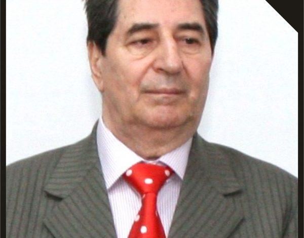 A murit profesorul universitar Dumitru Macovei
