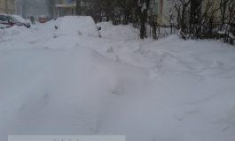 Cartiere întregi uitate sub zăpadă de tupeistul Marius Stan (foto)