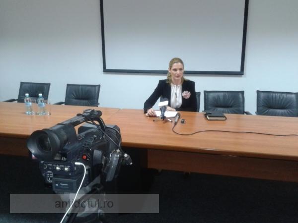 Ramona Mănescu, fost ministru PNL, ignorată de liberali, la Galați