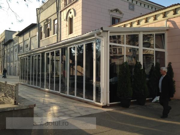Primăria Galați păsuiește demolarea terasei nevestei lui Marius Stan