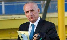 Primarul Stan este ofticat că Oțelul lui Adamescu încă respiră