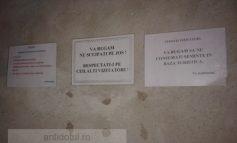 Mesaje de avertizare pentru turiștii români nesimțiți (foto)
