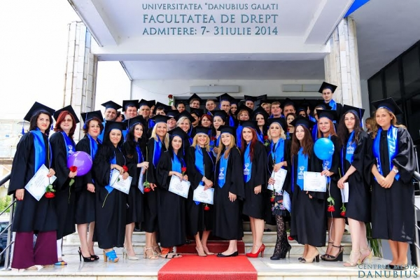 """Vrei să urmezi o carieră în Drept? Opțiune sigură: Universitatea """"Danubius"""" din Galați (P)"""