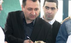 Deputatul Florin Pâslaru a mâncat rahat (turcesc)