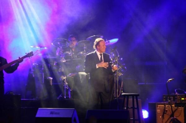Trei faze memorabile cu Julio Iglesias la Galați
