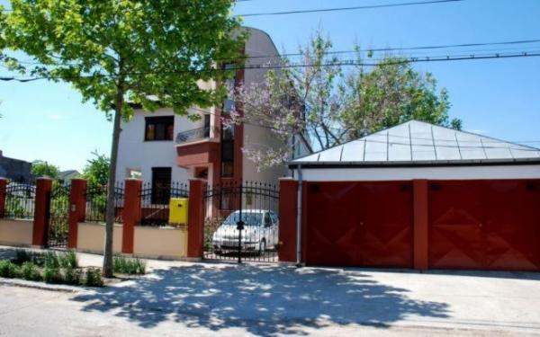Baronul Brăilei Bunea Stancu va sta în arest într-o vilă cu 2 etaje (foto)