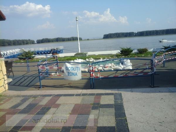 La Galați, Ziua Marinei a intrat la apă