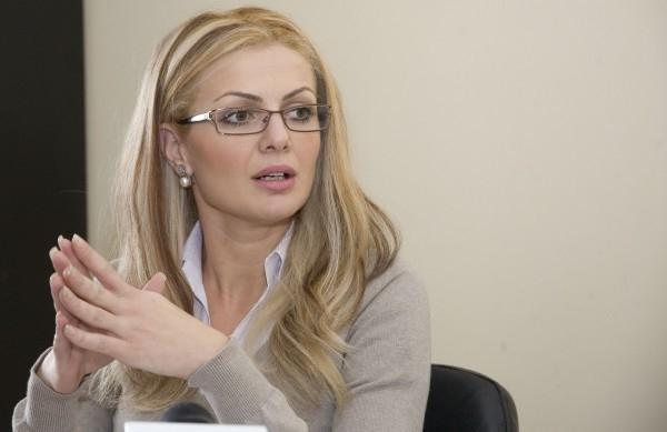 """""""Nu dau nici un ban înapoi, atîta timp cît dl. Bacalbașa este președinte"""""""