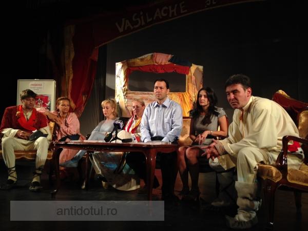 """Teatrul Gulliver începe stagiunea cu """"Vasilache și Mărioara"""""""