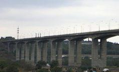 Un viaduct solid și niște autorități șubrede