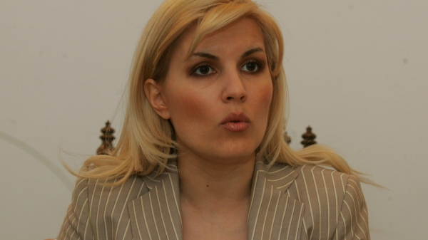 Elena Udrea a încăput pe mîna unor agarici politici, la Galați
