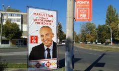 Primarul Stan, mîndru că îi suge ciorapii lui Victor Ponta (foto)