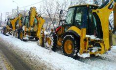 Autoritățile se jură că sunt pregătite pentru iarnă, dar se roagă să nu ningă