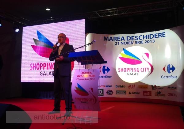 Primarul Stan acționează de parcă ar lua șpagă de la Shopping City