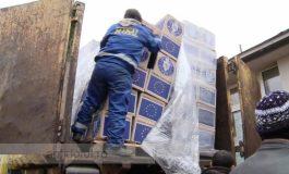 La Galați alimentele de la Uniunea Europeană sunt cărate cu mașina de gunoi