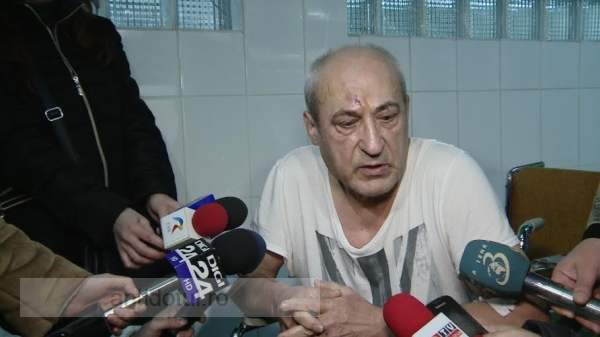Se întîmplă la Galați. Un medic a luat bătaie chiar în curtea spitalului județean!