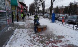 Ecosal curăță zăpada înainte ca ea să apuce să cadă din cer (foto)