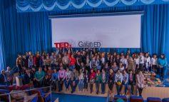 """TEDx GalaţiED - Satelitul local al marilor sclipiri a monitorizat educația la Universitatea """"Danubius"""" (P)"""