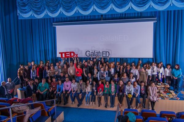 """TEDx GalaţiED – Satelitul local al marilor sclipiri a monitorizat educația la Universitatea """"Danubius"""" (P)"""