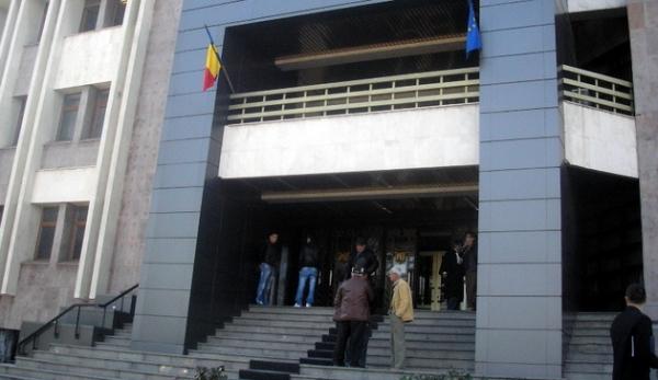 Dată în urmărire generală, gigacaloria a ajuns la Tribunal