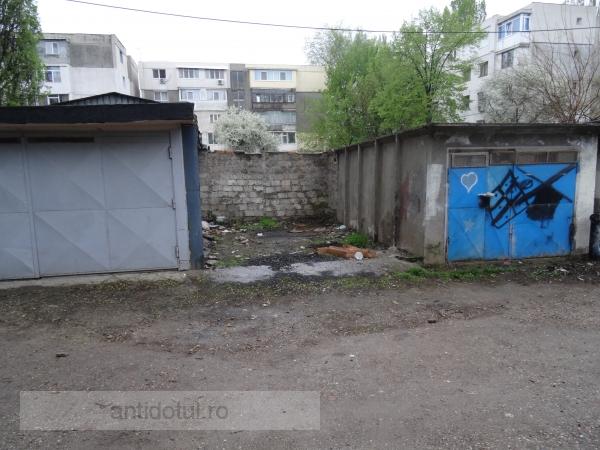 Poză cu singurul garaj decapotabil din Galați