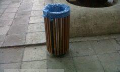 Coșuri de gunoi de lux pentru un oraș...de mizerie