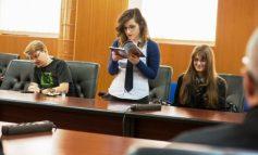 Liceenii matematicieni de la CNVA trăiesc poezia. Prezență de excepție la Salonul Academic Cultural Danubius (P)