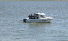 Duminică, 21 iunie, 2015: cetățeanul care a înotat 42 de km de la Gropeni la Galați confirmă că nu există nici un pod peste Dunăre