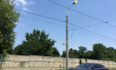 Pentru a vedea mai bine canicula, Electrica a aprins luminile pe strada Basarabiei